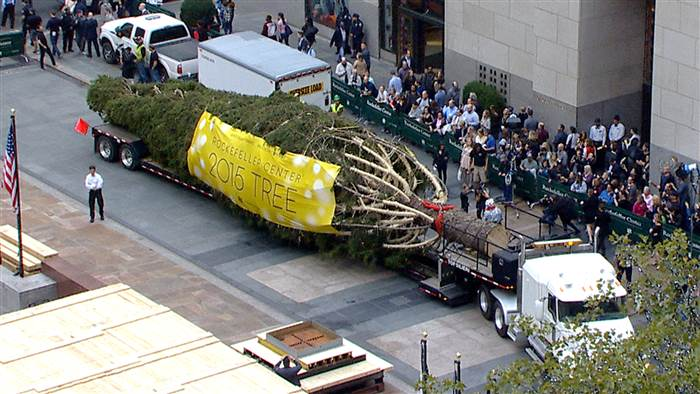 National Flag and Display produces Custom Outdoor Banner for the 2015 Rockefeller Center Christmas Tree.