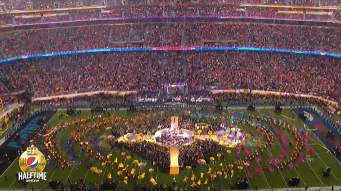 National Flag & Display produced various logo flags, streamers and printed fabrics for the Super Bowl 50 halftime show.