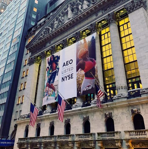 National Flag & Display produces Custom Banners at New York Stock Exchange for AEO, American Eagle Outfitters